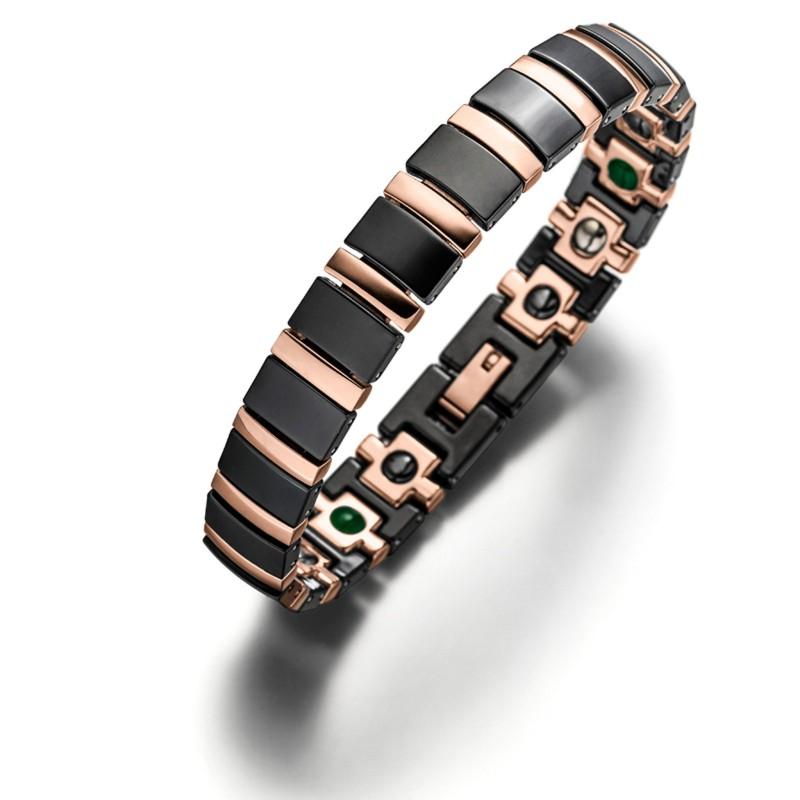 Das neue Lunavit Titan Jade Keramik/Magnetarmband Rose/Schwarz mit schwarzen matt schimmernden Keramikgliedern und roségold plattiertem Titan TA2 verleiht jedem Look den besonderen Touch