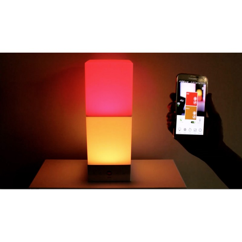 Onia Leuchte kann per App gesteuert werden